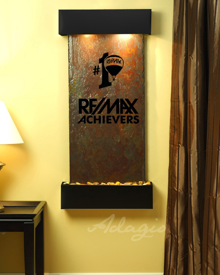 ReMax Logo Water Feature