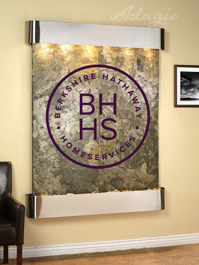 Berkshire Logo Water Feautre